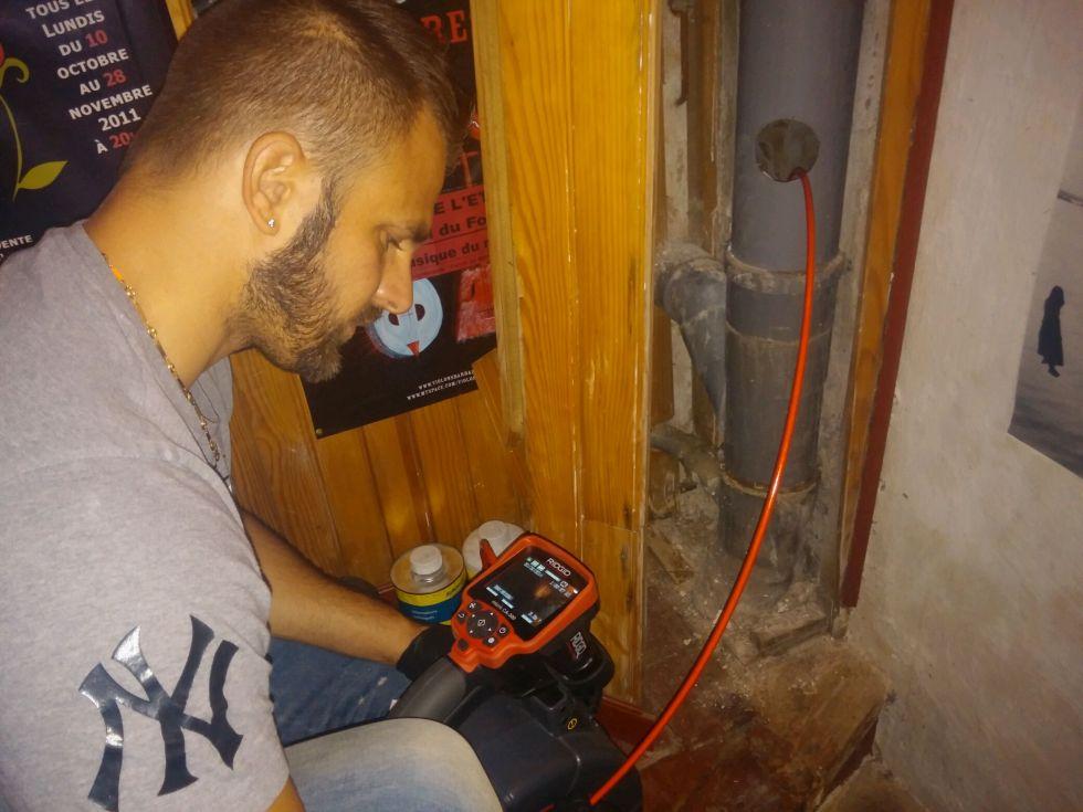 probl me de canalisation aubagne optez pour une inspection vid o de canalisation plombier. Black Bedroom Furniture Sets. Home Design Ideas